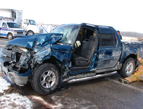 truck-crash-blue-ford